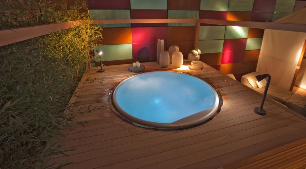 Bordo Vasca Da Spa : Vendita e installazione modelli minipiscine e vasche idromassaggio